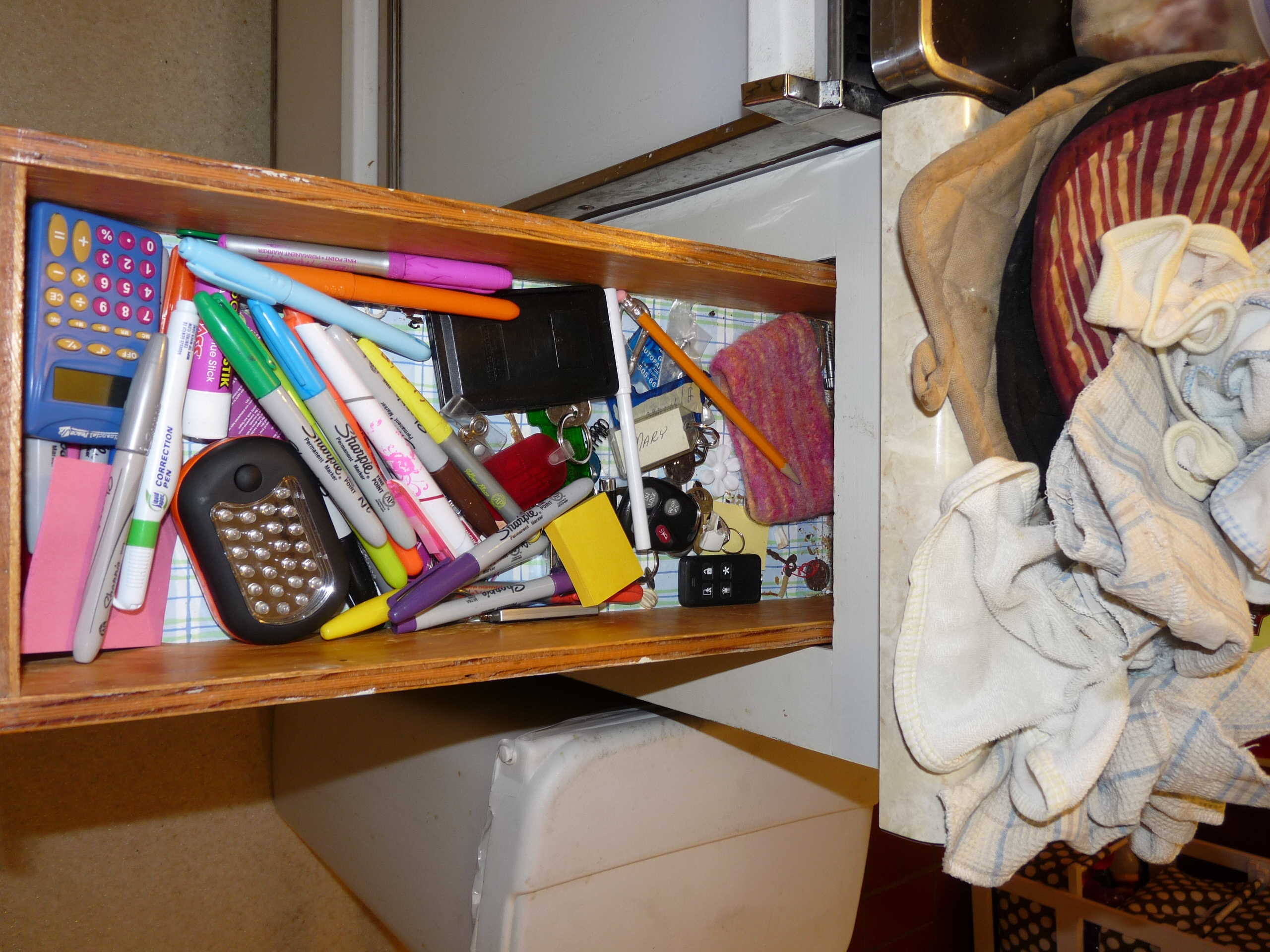 What s in your kitchen junk drawer that nolen chick for Kitchen junk drawer